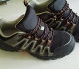 Zapatos Talla 9 1/2 Acero en La Punta 30