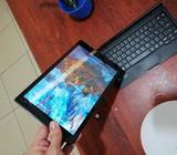 Vendo Tablet Lapto con Windows 10