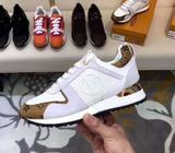 Zapatillas Louis Vuitton Run Away Dispon
