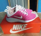 Zapatillas Nike Rosado con Blanco