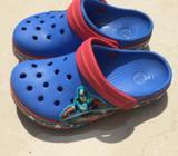 Crocs Capitan America Talla 10/11