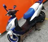 Vendo Moto Kitomi