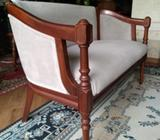Sofá Love Seat Colonial