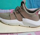 Se Venden Zapatillas Adidas Talla 9.5