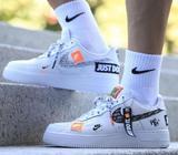 Vendo Zapatillas Nike Unisex (nuevas)