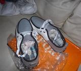 Zapatos casuales, deportivos, de hombres, nuevos