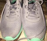 Vendo Zapatillas Nike Talla 40