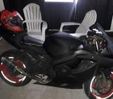 Vendo Una Moto Honda Cbr 600 4Fi