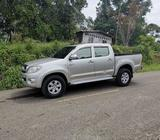 Lindo Toyota Hilux 2.5 Diedel 4x2 Klm125