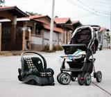 Se vende silla de bebe para auto en 50 y coche de bebe en 60