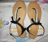 Se Vende Sandalias de Mujer