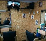 Alquilo Silla a Barbero en Vacamonte