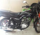 Moto Suzuki Ax4 en Buen Estado