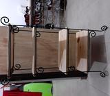 Muebles de metal y madera