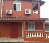 Se alquila casa en Praderas de San Isidro Pilón Sabanita (Colón)