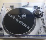 Reproductor de Vinilos AUDIO-TECHNICA AT-LP120